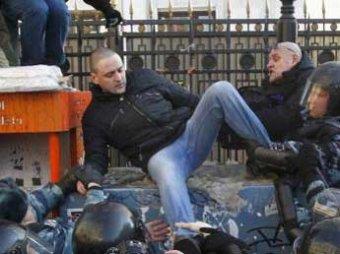 Митинг против НТВ закончился массовыми задержаниями