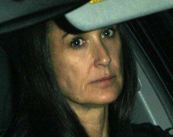 Деми Мур выписалась из наркоклиники