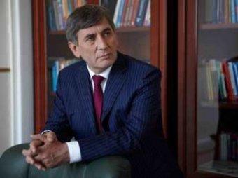 Помощник сенатора пообещал утопить Москву в крови, если власти не разрешат суды шариата