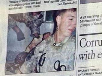 Фото американских солдат на фоне разорванных трупов вновь вызвали скандал
