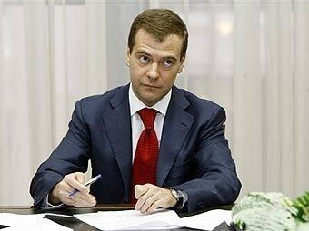 Медведев намерен улучшить инвестклимат: в России исчезнут ЗАО и ОАО