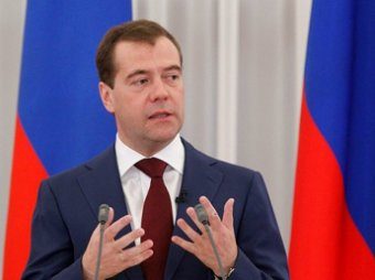 Медведев призвал Путина вступить в «Единую Россию»