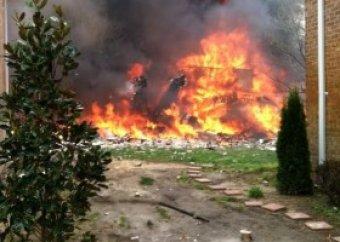 В США истребитель F-18 рухнул на жилой комплекс