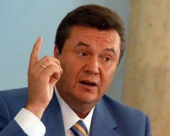 """Очередной """"ляп"""" Януковича на дне Победы вызвал скандал"""
