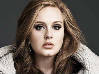 Певица Адель получила 12 наград Billboard