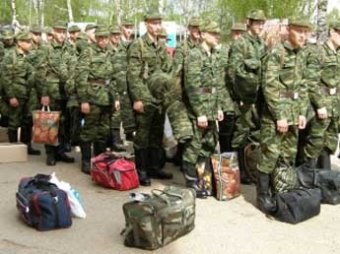 Единороссы намерены ввести налог для уклонистов от армии