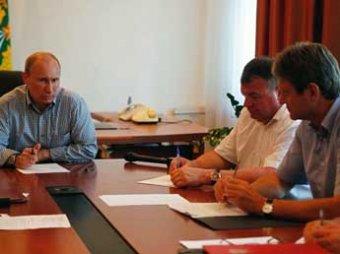 Путин прилетел в Крымск и устроил разнос губернатору Ткачеву