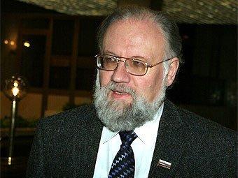 """Чуров прибыл на """"Селигер"""" на воздушном шаре"""