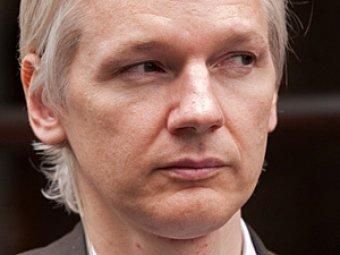 Эквадор предоставил убежище основателю Wikileaks Джулиану Ассанжу