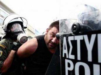 Греция первой из ЕС объявила решительную войну мигрантам