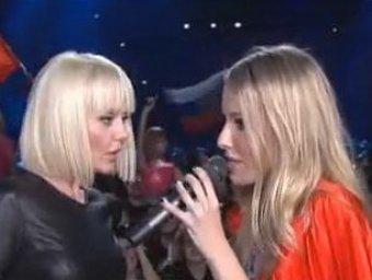 Певица Валерия схлестнулась с Собчак в Сети