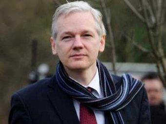 В Америке основателя WikiLeaks Джулиана Ассанжа признали врагом народа