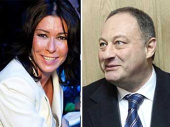Супруга экс-сенатора Слуцкера отсудила у мужа особняк за  млн