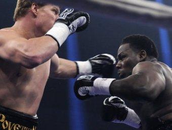 Поветкин нокаутировал Рахмана, сохранив звание чемпиона мира WBA