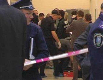 В киевском ТЦ из-за флешки вор расстрелял охранников: трое погибших