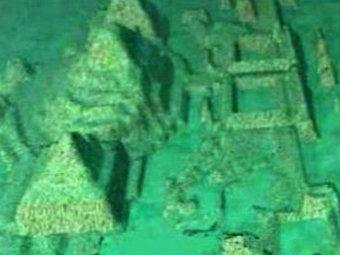 В Сети появилось видео найденной на дне Бермуд Антлантиды