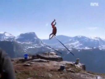 В Норвегии экстремал выжил после падения с высоты в 1200 метров
