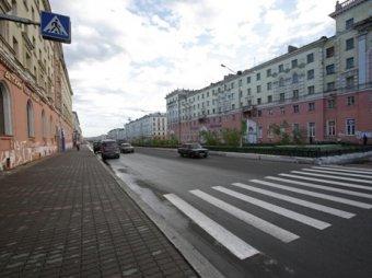 """В Петербурге водитель """"Водоканала"""" насмерть сбил беременную женщину на переходе"""