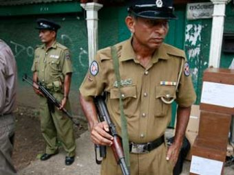 В Шри-Ланке арестовали пятерых россиян и изъяли у них 250 фальшивых кредиток