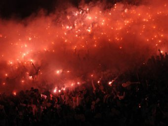 Медведев предлолжил запретить нарушителям проходить на стадионы пожизненно
