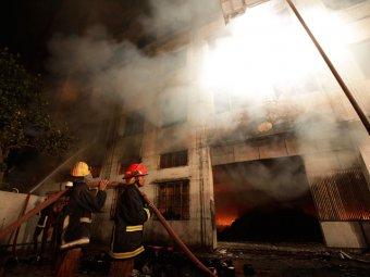 Страшный пожар в Бангладеш: более 120 погибших