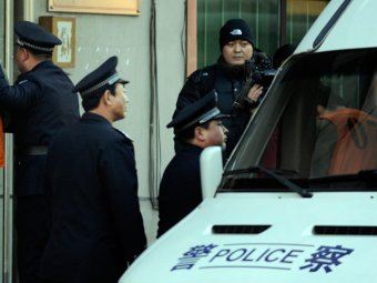 Резня в Китае: мужчина ранил ножом 22 школьника