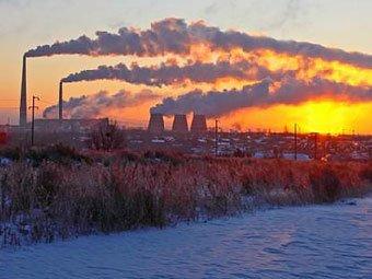 В Омске второй раз за неделю выпал чёрный снег