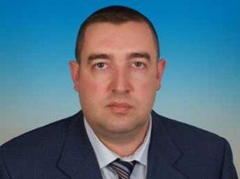 Скандал: из-за закона о детях депутат Госдумы разразился матом в Сети