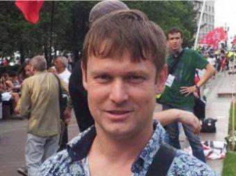 Оппозиционер Развозжаев написал письмо пытавшим его силовикам