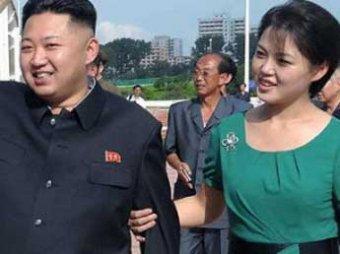 Беременная первая леди Северной Кореи вышла в свет