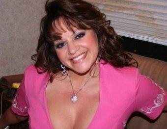 В авиакатастрофе погибла известная певица Дженни Ривера
