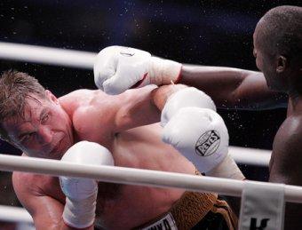 Маскаев триумфально вернулся на ринг, нокаутировав Бека