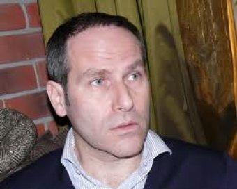 Известного телеведущего Михаила Шаца уволили с СТС