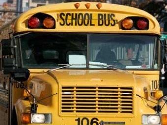 В Америке 12-летняя девочка остановила неуправляемый автобус