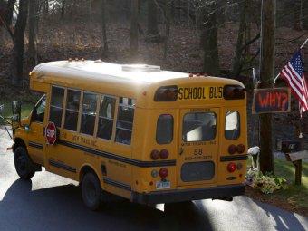 В США преступник расстрелял водителя школьного автобуса и похитил ребенка