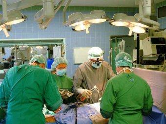 Немецкие хирурги забыли в пациенте 16 предметов