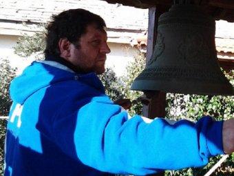 Боец Александр Емельяненко ушёл в монастырь