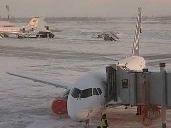"""Чиновники предписали """"Аэрофлоту"""" остановить эксплуатацию 4 из 10 Superjet-100"""