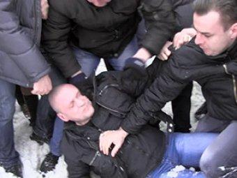 Сергея Удальцова избили на похоронах Долматова