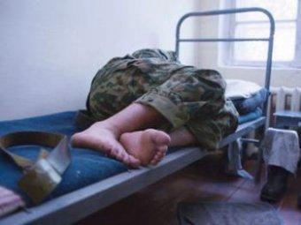 Под Нижним Новгородом 38 больных солдат прятали от проверки в холодном помещении