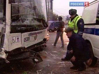"""В Москве полицейские выставили """"живой щит"""", чтобы задержать грабителей"""