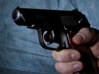 На парковке крупного ТЦ в Москве расстреляли адвоката