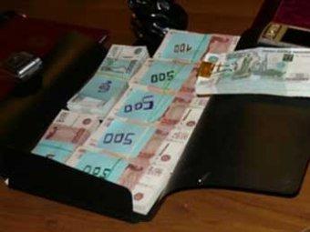 Следователь полиции попался в Москве на получении взятки в 600 тыс. рублей