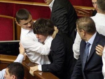 На Украине депутат ударил замгубернатора в лицо