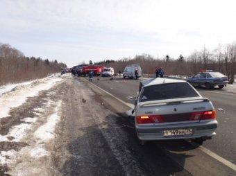 Крупную аварию под Череповцом, где погибли 6 человек, спровоцировал полицейский