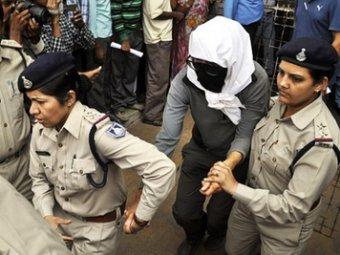 В Индии туристку из Швейцарии изнасиловали на глазах у мужа
