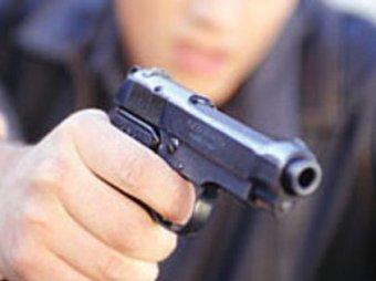 В Твери полицейский открыл огонь из травматики после ссоры на дороге