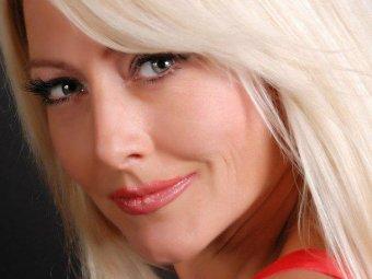 Известная украинская певица Оксана Хожай умерла от редкой болезни