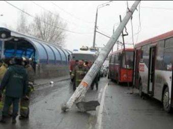 В Казани автобус устроил кровавое месиво на остановке