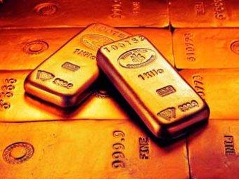 На мировых биржах рухнули цены на золото: это самое сильное падение за 30 лет